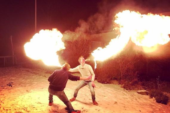 Fik en Fire in Openluchttheater De Pan Vuurshow